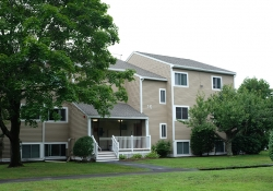 Bedford Village & 447 Concord Rd