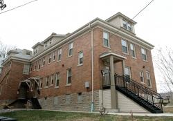 Burnet Place 248 exterior