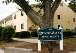 Beachwood sign