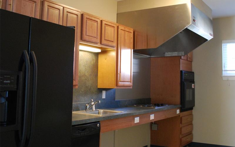 Bridle Path unit kitchen