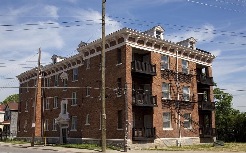Losantiville Apartments - Evanston exterior
