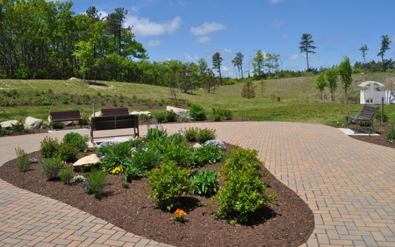 Canal Bluffs garden and seating area