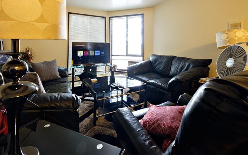 Greenwood Park Apartments unit living room
