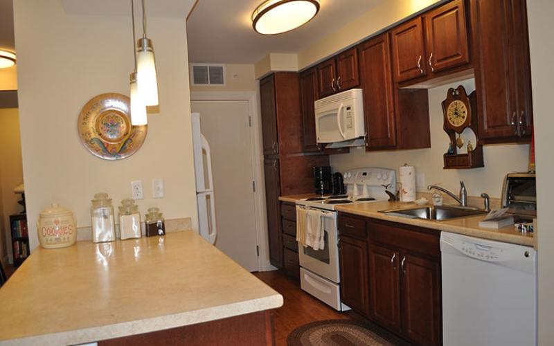Canal Bluffs unit kitchen