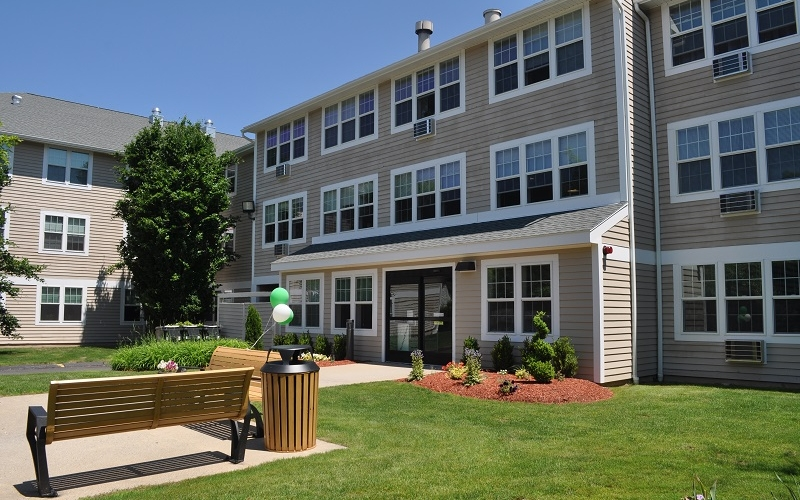 Torringford West Apartments outdoor sitting area