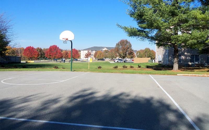 Washington Gardens basketball court