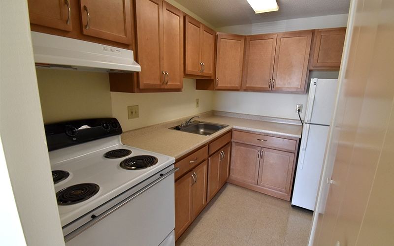 Riverview unit kitchen