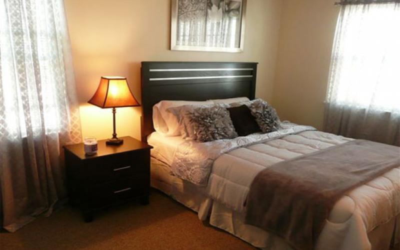 Temple Landing bedroom