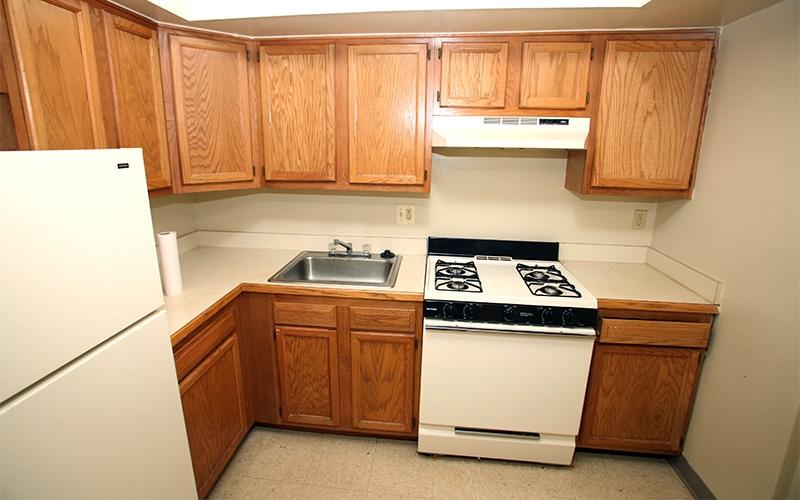 Garfield Hills apartment kitchen
