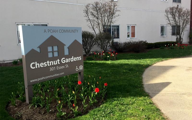Chestnut Gardens sign