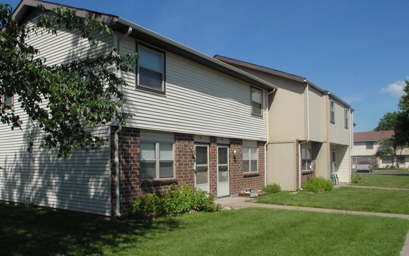Deerfield Village Apartments townhouse exterior