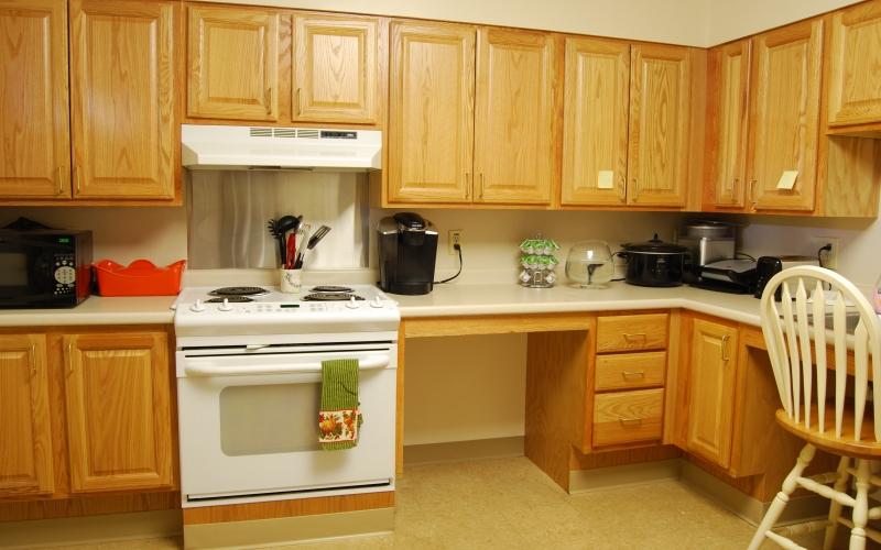 Water's Edge unit kitchen