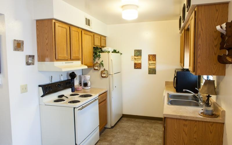 Glenwood Manor unit kitchen