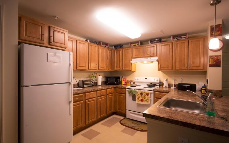 Meadowbrook Apartments unit kitchen