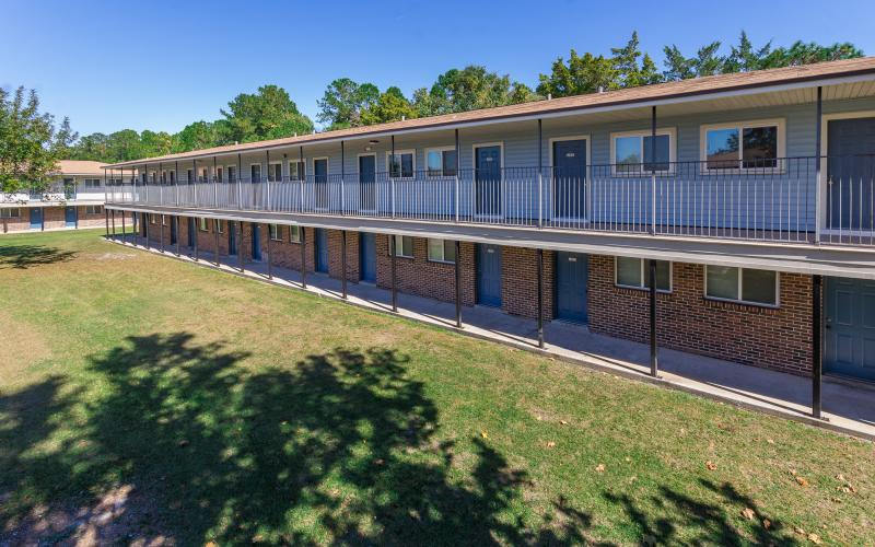 Middletowne Apartments exterior view of both floors