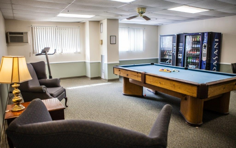 920 On the Park activity room with pool table