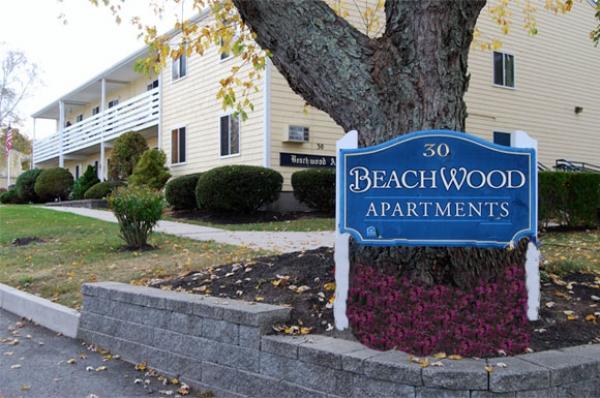 Beachwood signage and exterior