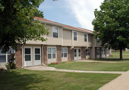 Prairie Plains Apartments